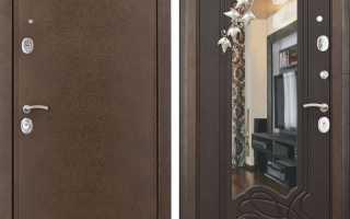 Входная дверь с зеркалом: особенности, плюсы и минусы