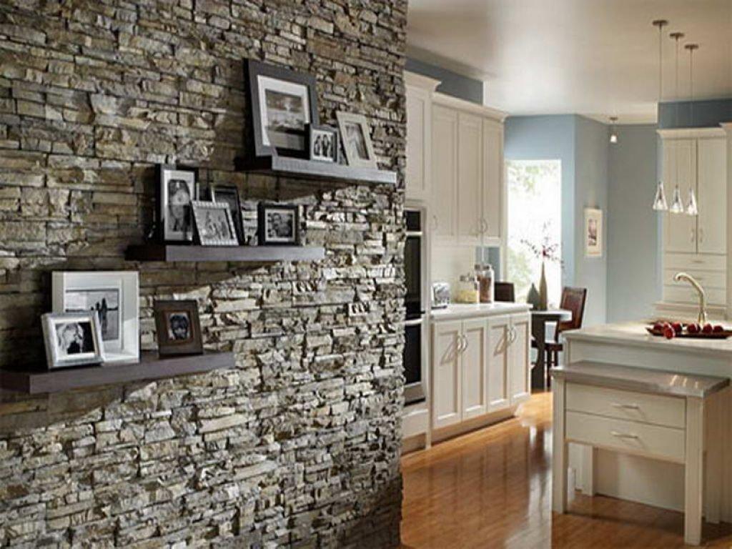 Применение декоративного камня в отделке квартиры